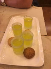 Limoncello and almond cookies